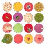 Frucht Smoothiesvielzahl, Draufsicht Lizenzfreie Stockbilder