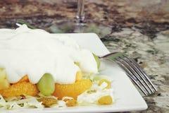 Frucht-u. Edamer-Salat Lizenzfreies Stockbild