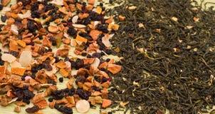 Frucht und grüner Tee Lizenzfreie Stockfotografie