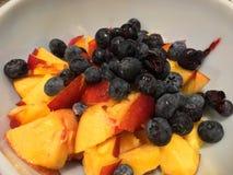 Frucht zu essen Lizenzfreie Stockfotos