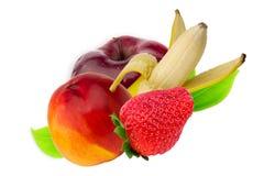 Fruchtapfelbananen-Erdbeernektarinenpfirsich lokalisiert Stockbilder