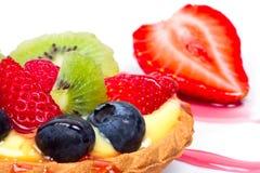 Fruchtiger Vanillepuddingtörtchenabschluß oben Lizenzfreie Stockfotos