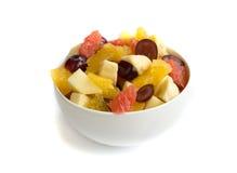 Fruchtsalat getrennt Lizenzfreie Stockfotos