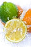Fruchtspritzen stockfotografie