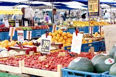 Fruchtstall lizenzfreie stockfotos