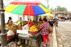 Fruchtstall in Bali lizenzfreies stockfoto