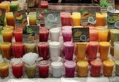 Fruchtstand herein bei Boqueria Lizenzfreies Stockbild