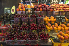 Fruchtstand in La Boqueria-Markt, Barcelona Stockfotografie