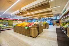 Free Fruit And Vegetable Department With Numerous Varieties Stock Images - 137437114