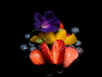 Fruit avec la fleur Photo stock