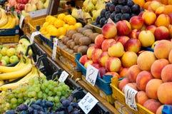 Fruit bij markt. Stock Foto
