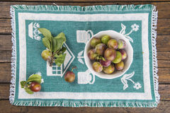 Fruit bowl with greengage plums Royalty Free Stock Photo