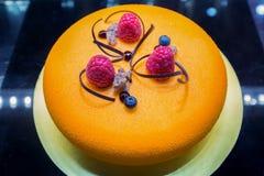 Fruit cake with fresh fruits Stock Photography