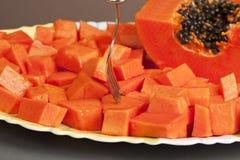 Fruit coupé délicieux de papaye image libre de droits