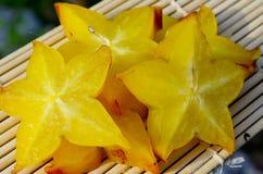 Fruit d'étoile - carambolier Photographie stock