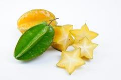 Fruit de carambolier avec des tranches Images libres de droits