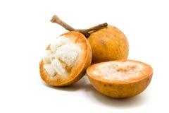 Fruit de Santol d'isolement sur le fond blanc images stock