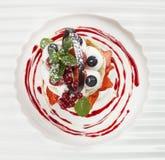 Fruit dessert tarts with cream Royalty Free Stock Photos