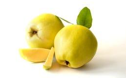 Fruit du sud de coing sur la table Photo stock