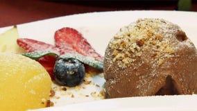 Fruit en Berry Dessert stock videobeelden