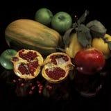 Fruit en groenten van de daling Royalty-vrije Stock Foto's