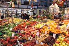 Fruit en plantaardige markt royalty-vrije stock fotografie