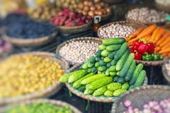Fruit en plantaardige markt in Hanoi, Oud Kwart, Vietnam, Azië stock foto's