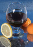 Fruit en verre de vin Photographie stock