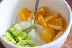 Fruit en Yoghurt Stock Foto's
