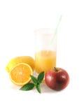 Fruit et glace avec du jus Image stock