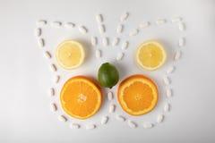 Fruit exotique avec la médecine images libres de droits