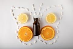 Fruit exotique avec la médecine image libre de droits