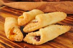 Fruit gevulde gebakjes stock afbeeldingen