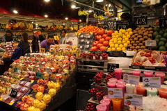 Fruit juice and fruits at market,Barcelona Royalty Free Stock Image