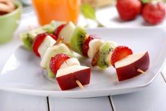 Fruit kebabs Royalty-vrije Stock Afbeeldingen