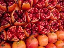 Fruit mûr rouge de grenade Photo libre de droits