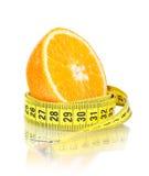 Fruit orange avec la mesure photographie stock
