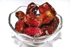 Fruit ou Kurma de dates d'isolement sur le fond blanc photo stock