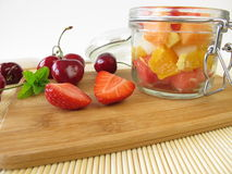 Fruit salad for takeaway Royalty Free Stock Images