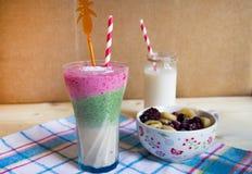 Fruit smoothie Royalty-vrije Stock Afbeeldingen