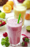 Fruit smoothies Stock Afbeeldingen