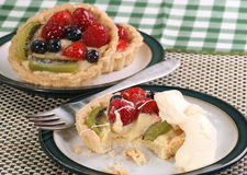 Fruit tart with cream Royalty Free Stock Photos