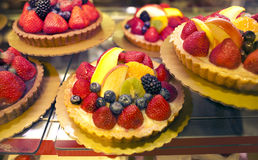 Free Fruit Tarts Royalty Free Stock Images - 22648879