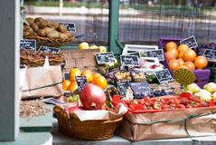 Fruit and vegetable store stock photography