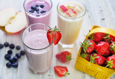 Fruit yogurts Royalty Free Stock Photography