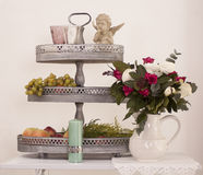 Fruitbloemen en kaars Stock Foto