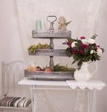 Fruitbloemen en kaars Royalty-vrije Stock Foto