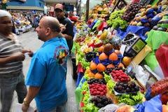 Fruitmarkt in Brazilië royalty-vrije stock afbeelding