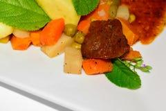 Fruits à pain rôties avec les légumes mélangés Image libre de droits