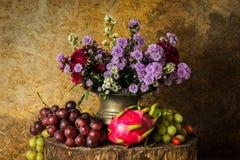 fruits жизнь все еще Стоковые Изображения